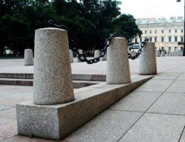 stolb-ogragdeniya-granitmoscow-big1